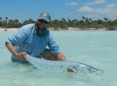 Bahamas_Baracuda_on_the_Fly